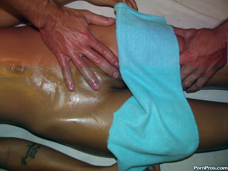 Эротческий массаж для девушек 6 фотография